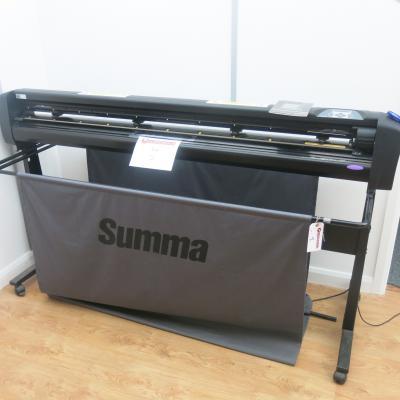 Summacut D160R Wide Format Vinyl Cutter, S/N 951509-1004